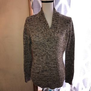 Beautiful Marbled Pattern V Neck Sweater